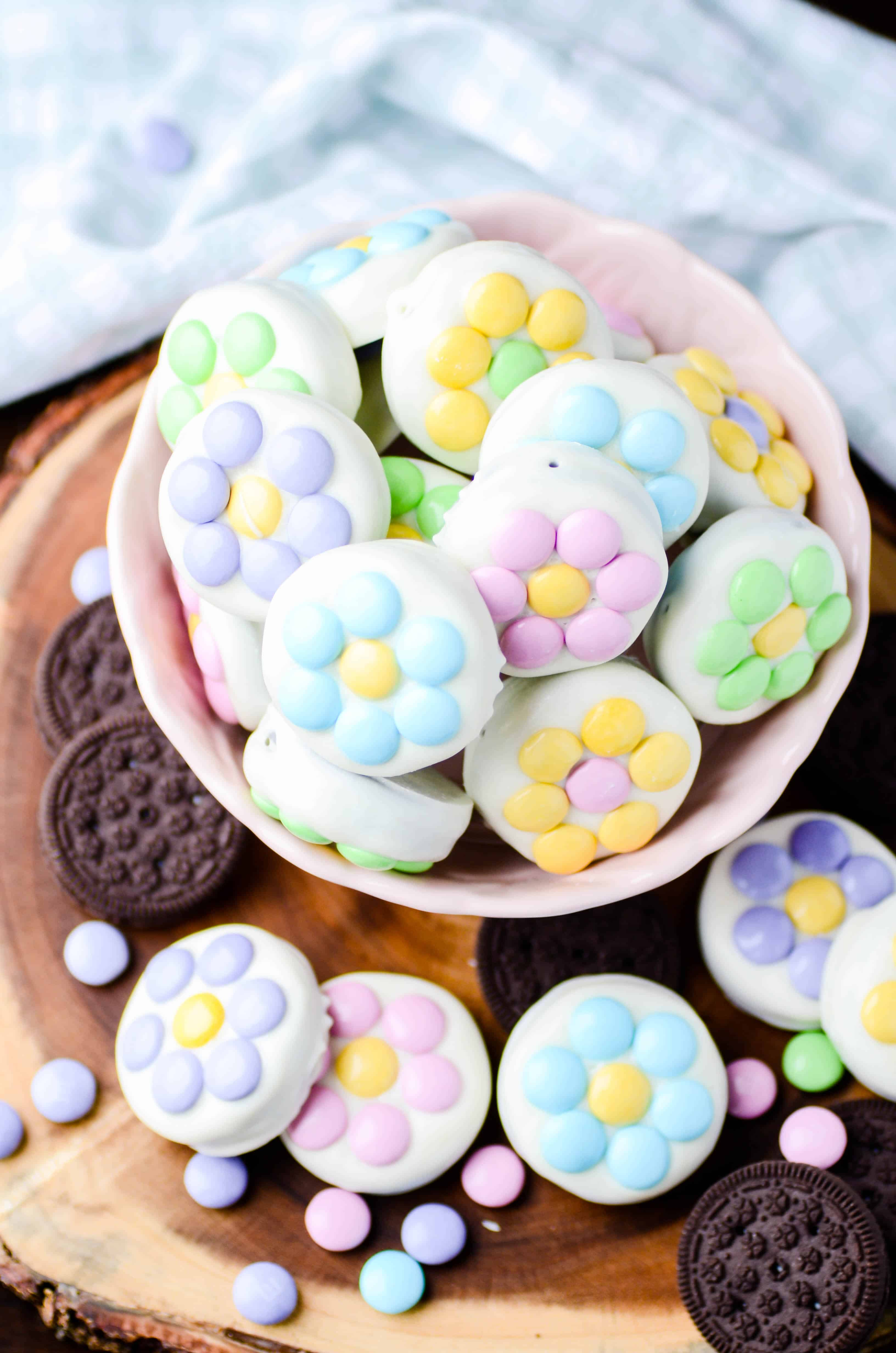 White Chocolate Covered Oreo Spring Flowers