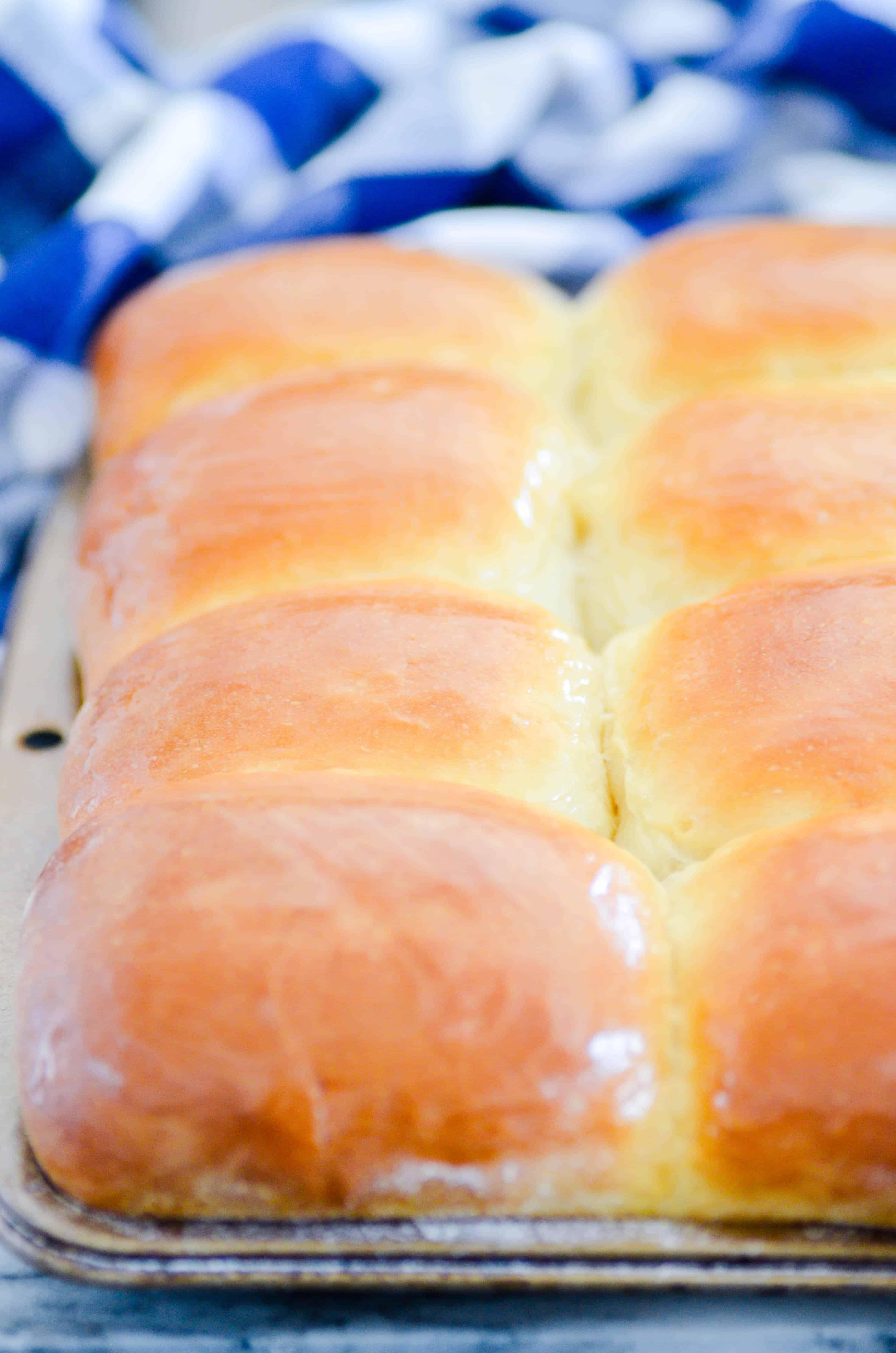 Soft & Buttery Dinner Rolls
