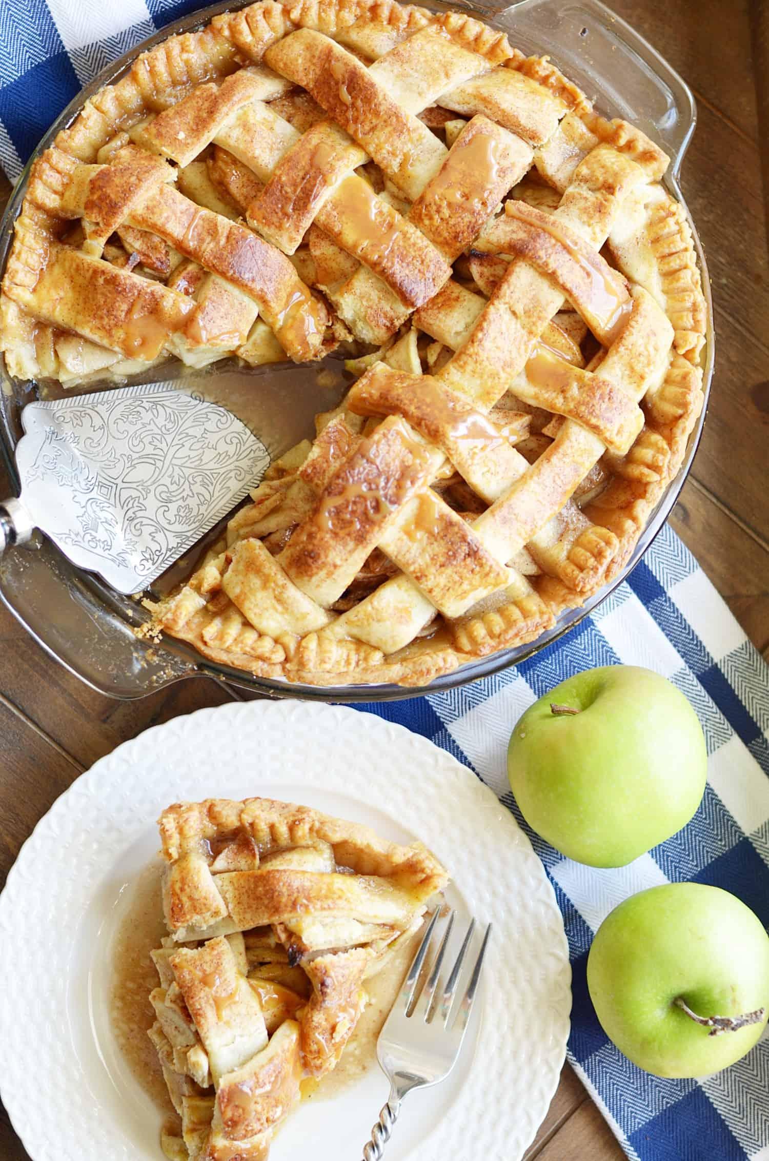 Paula Deen's Apple Pie - Something Swanky