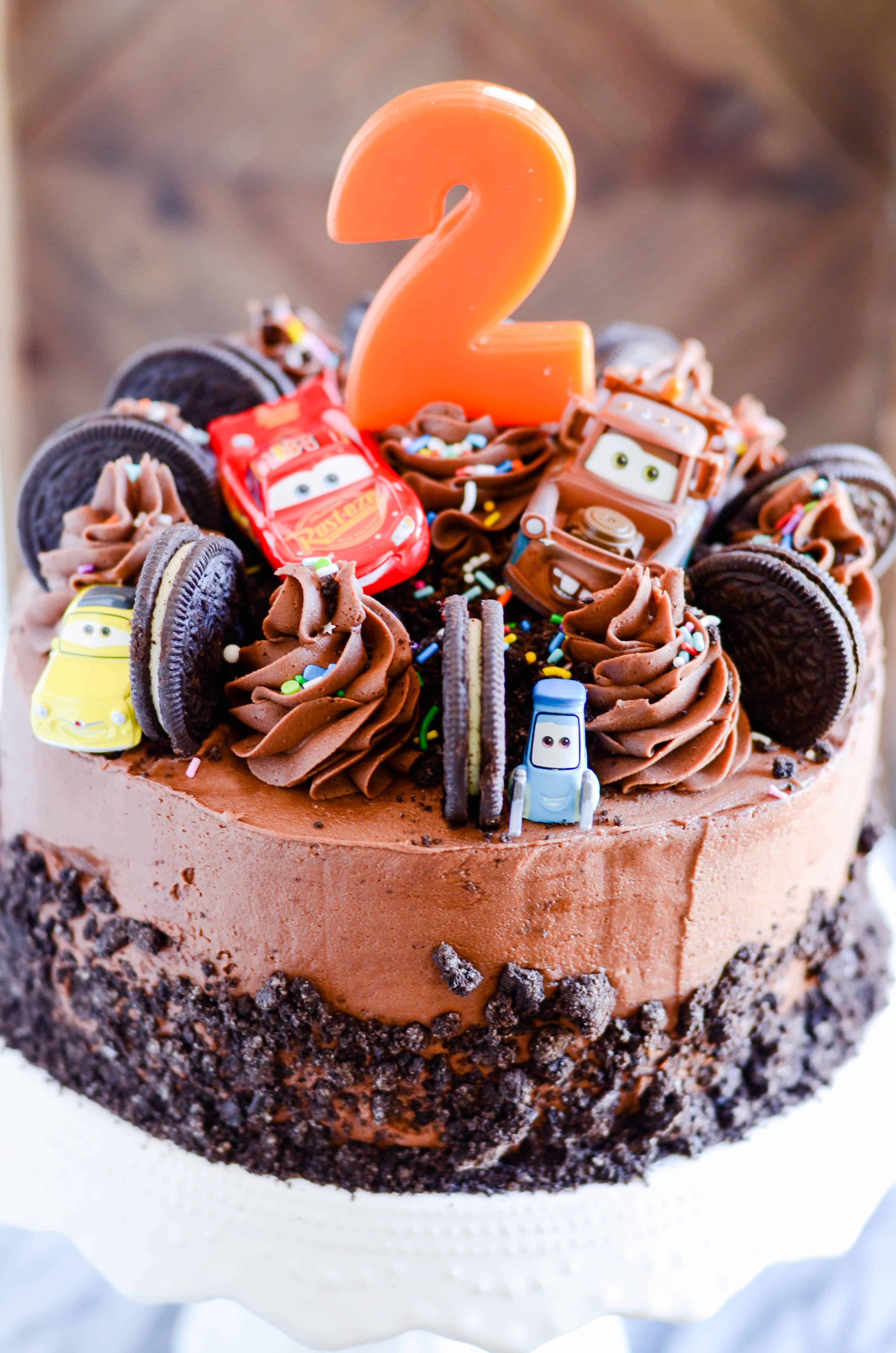 An easy and delicious Cars birthday cake!