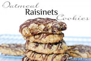 Oatmeal-Raisinets-Cookies-