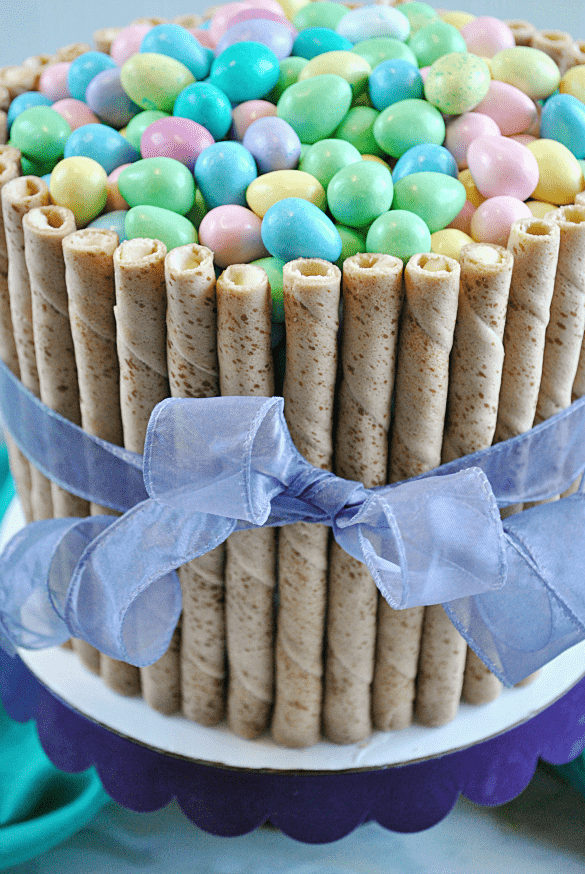 30-Minute Easter Basket Cake | Easter Desserts Recipes to Make this Year