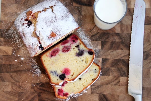 lemon berry yogurt pound cake