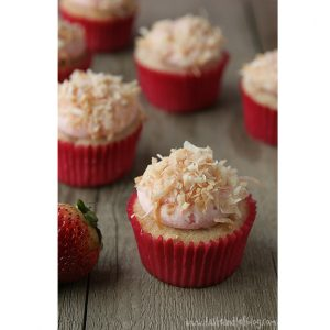 Strawberry-Colada-Cupcakes-recipe-taste-and-tell-11