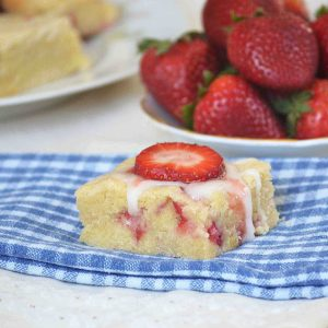 strawberry lemon cookie bars