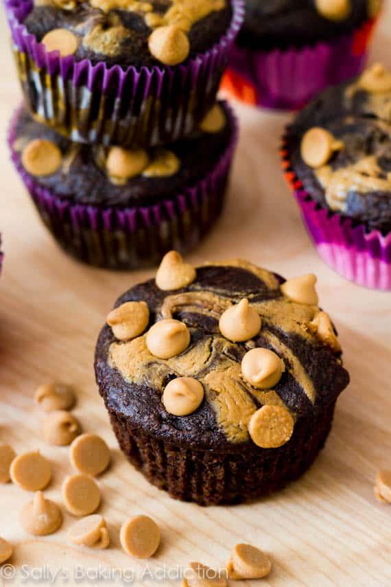 Skinny-Peanut-Butter-Swirl-Chocolate-Cupcakes-9