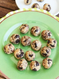 averie.no.bake.coconut.choc.chip.cookie.dough.bites