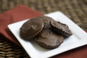chocolate-peanut-butter-cups.bunsinmyoven