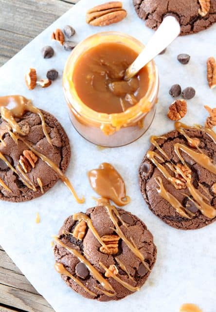 chocolate-turtle-cookies