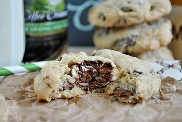 Irish Cream Chocolate Chip Cookies | www.somethingswanky.com