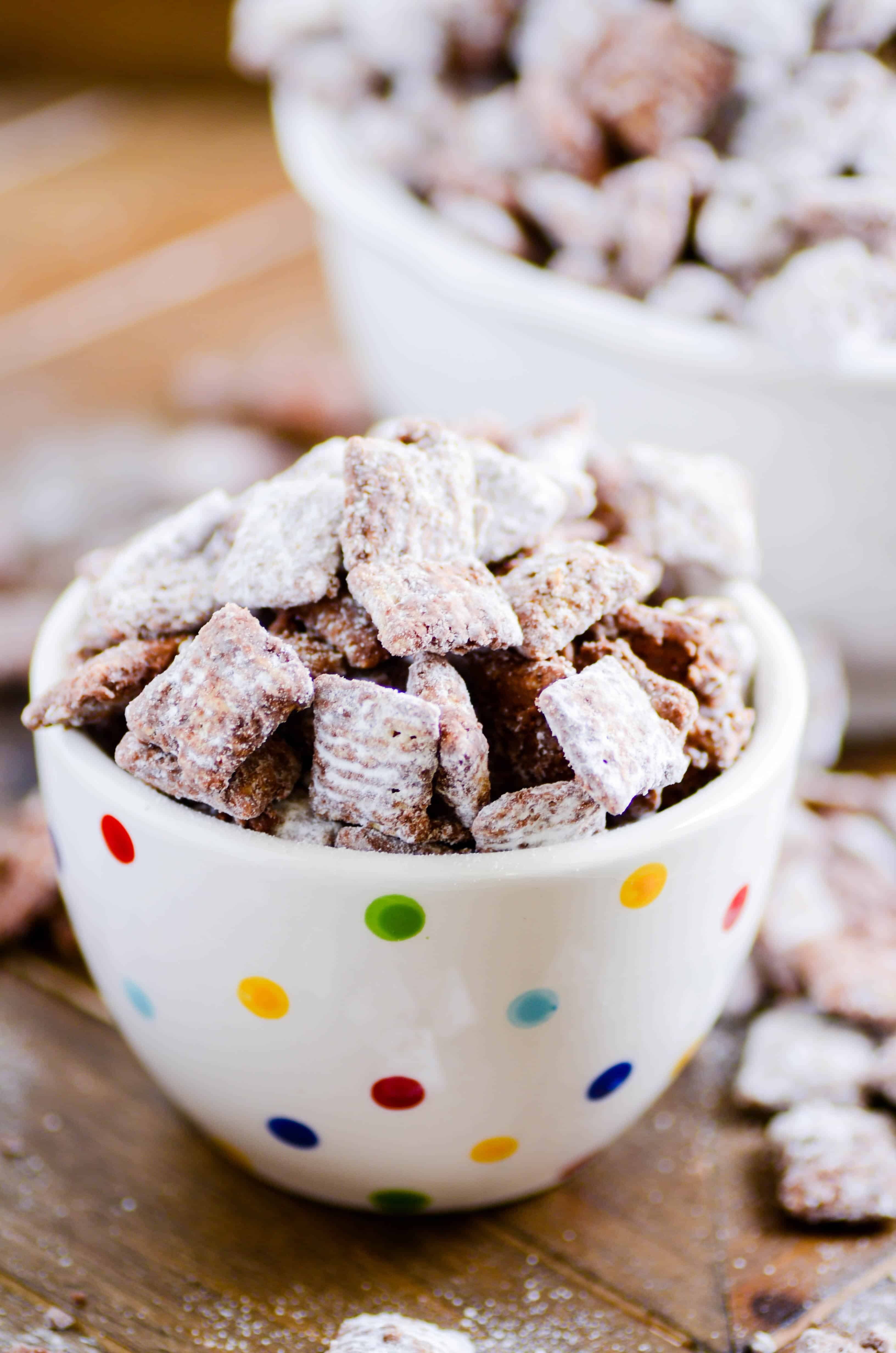 I don't know a single person who doesn't go crazy over muddy buddies! Peanut butter, chocolate, cereal, and powdered sugar-- what's not to love?!