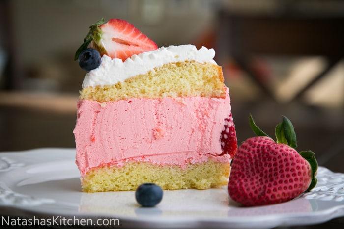 Strawberry-Jello-Cake-51