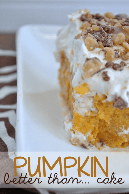 Pumpkin Poke Cake | www.somethingswanky.com