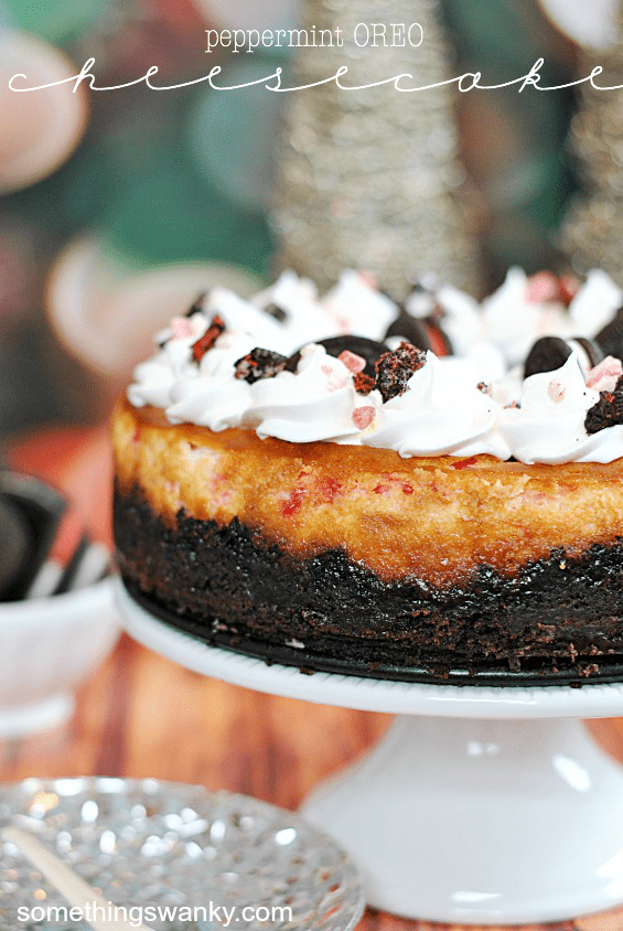 Peppermint Oreo Cheesecake | www.somethingswanky.com