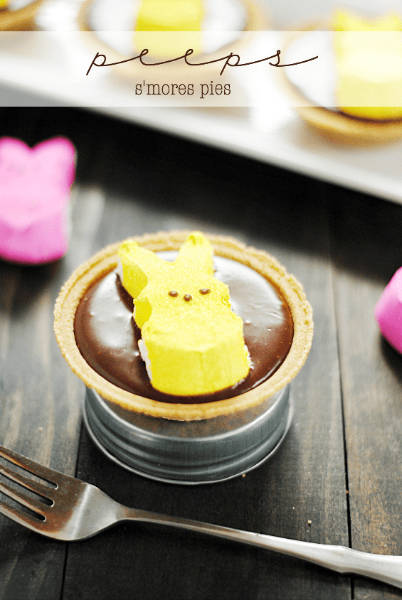 Peeps S'mores Pies | www.somethingswanky.com