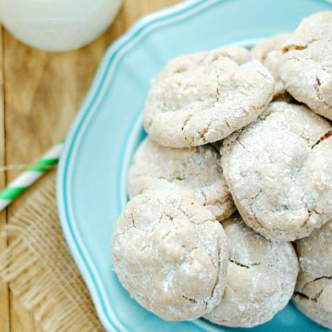 Carrot Cake Crinkle Cookies | www.somethingswanky.com