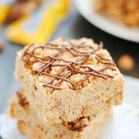 Butterfinger Butterscotch Krispies Treats | www.somethingswanky.com
