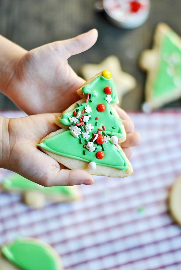 Learn how to frost cookies like a pro using canned frosting!