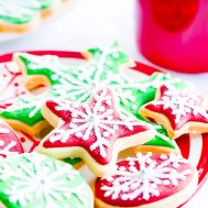 How To Frost Cookies Like A Pro Using Canned Frosting… With Your Kids!