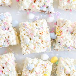 Sticky, sweet, gooey, and easy to make popcorn bars made with marshmallows, kettle corn, and mini Cadbury eggs.