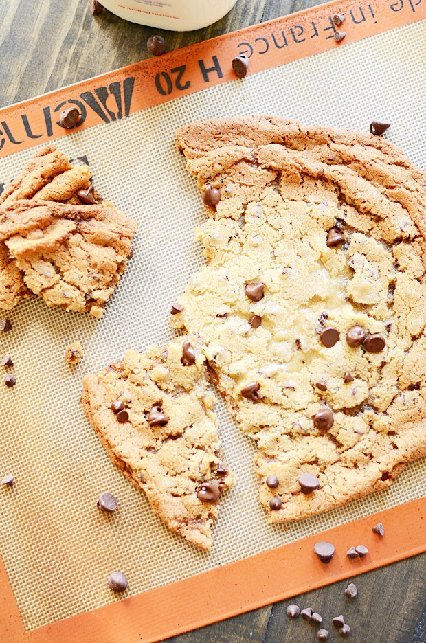 XL Chocolate Chip Cookie Recipe