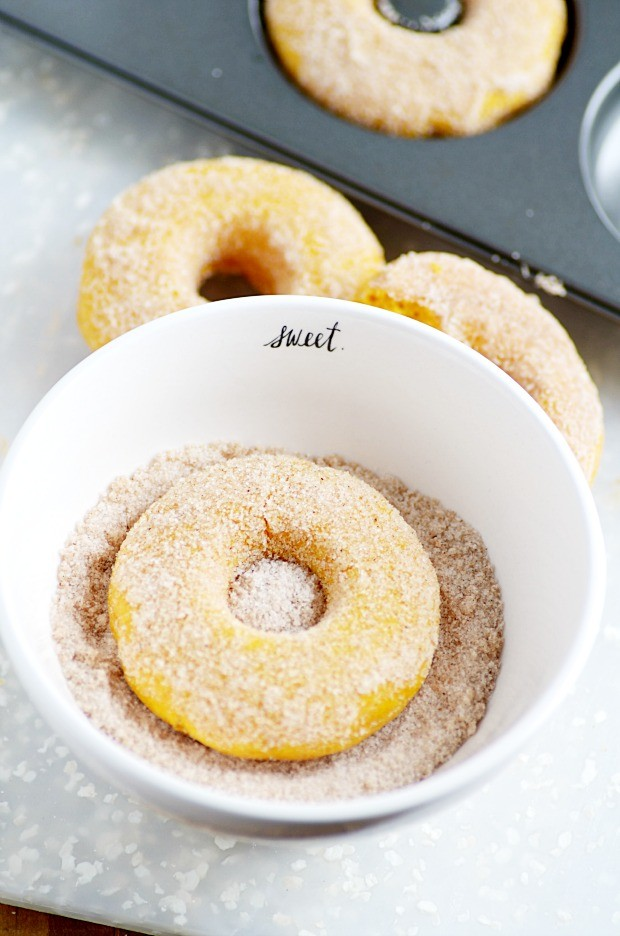 Easy Baked Pumpkin Donut Recipe