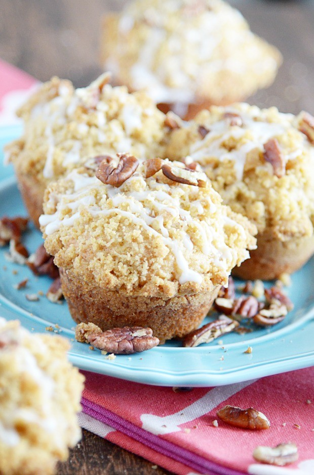 Big buttermilk cinnamon muffins topped with an extra helping of buttery streusel topping and a sweet glaze. Buttermilk Cinnamon Crumble Muffins recipe