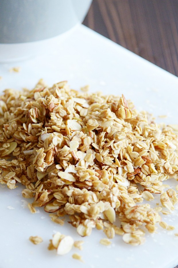 Quick and Easy Homemade Granola ready in just 20 minutes!