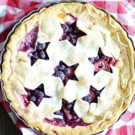 Super simple filling bursting with juicy berries, buttery pie crust, and the 4th of July. What else could you need?