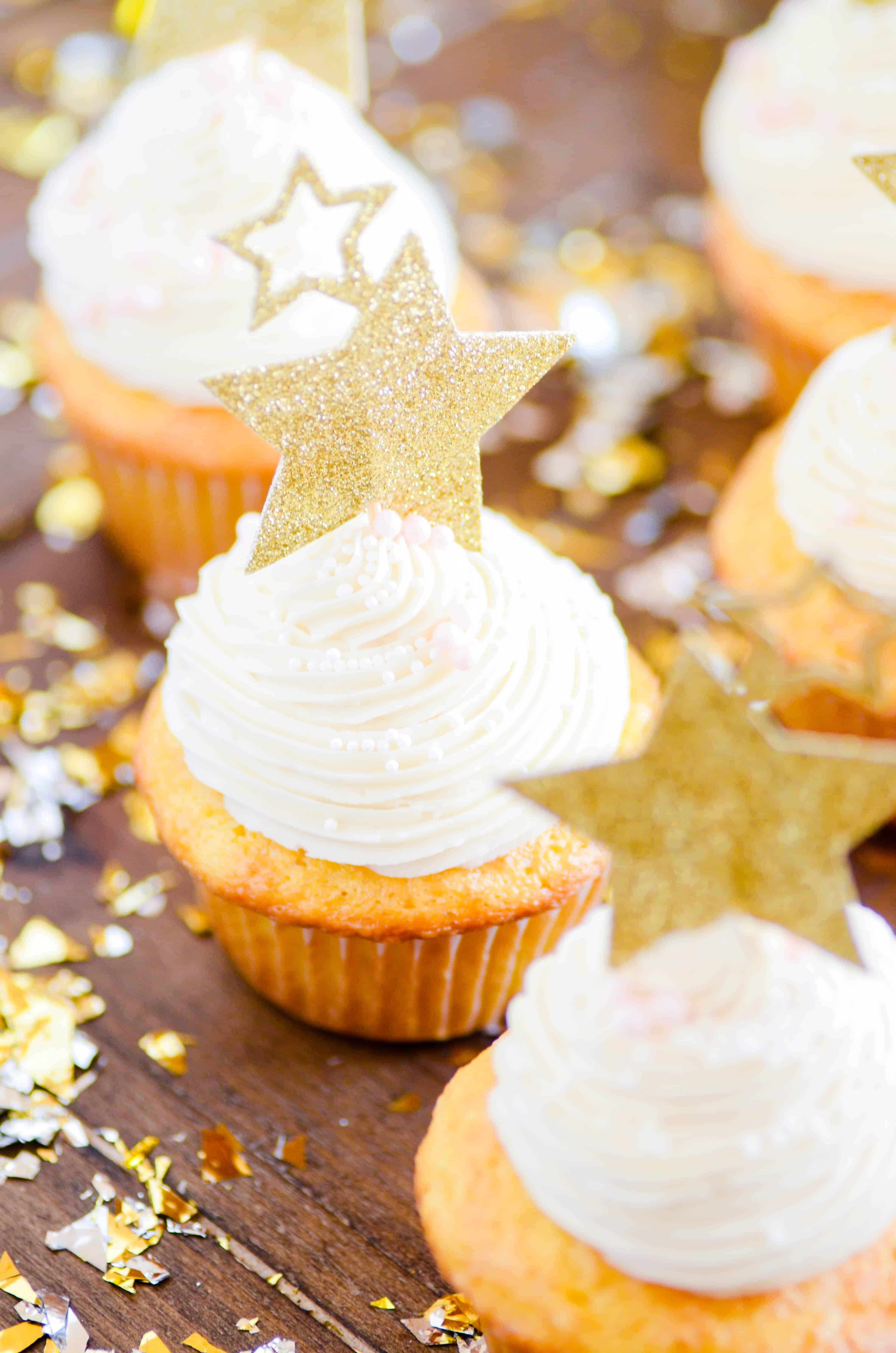 Here are three super easy non-alcoholic NYE treats and drinks that you can pull off at the last minute for the entire family to enjoy.