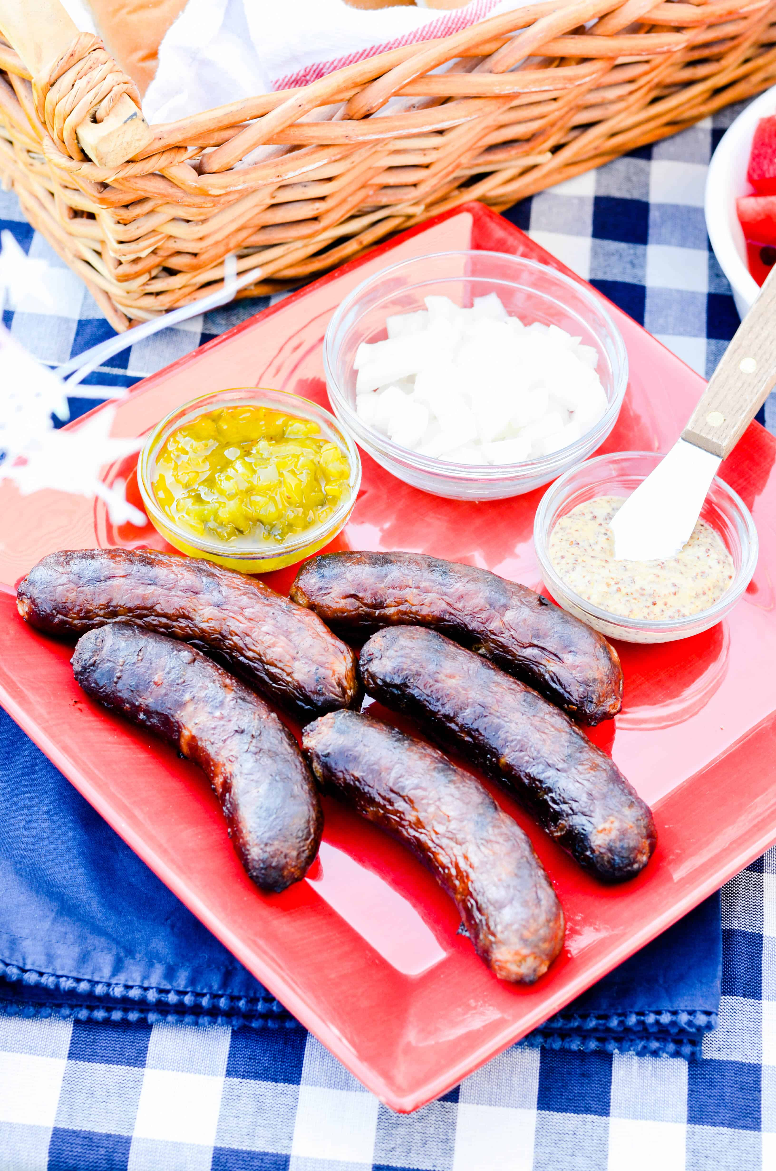 We love grilling out for the 4th of July! This year we're eating Johnsonville's Firecracker Brats and Peanut Butter Banana Pudding .