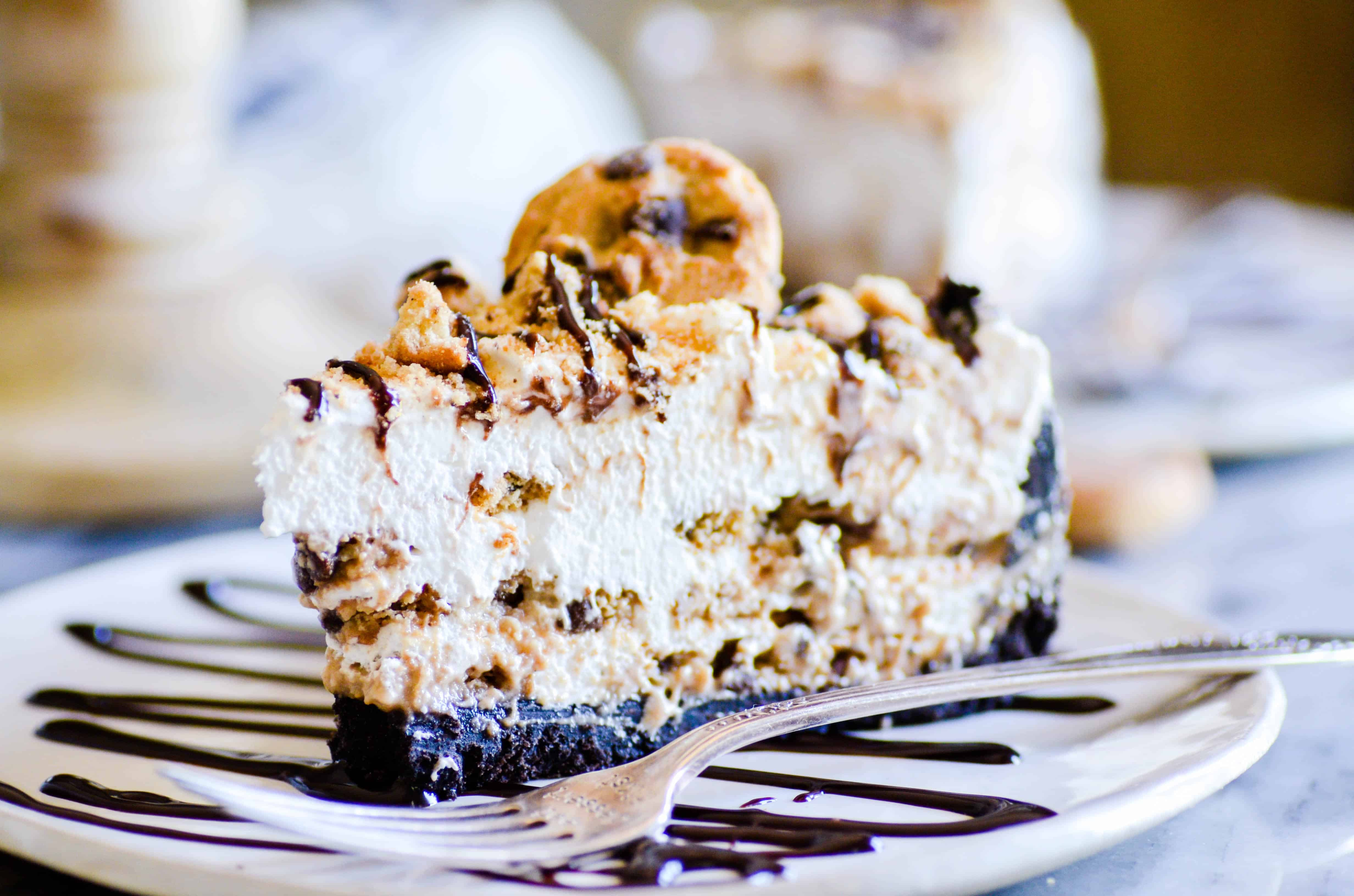 Seven layers of chocolate chip cookies and whipped cream piled into an Oreo crust. No need to break a sweat with this dreamy No Bake Milk & Cookies Pie-- it's so easy!