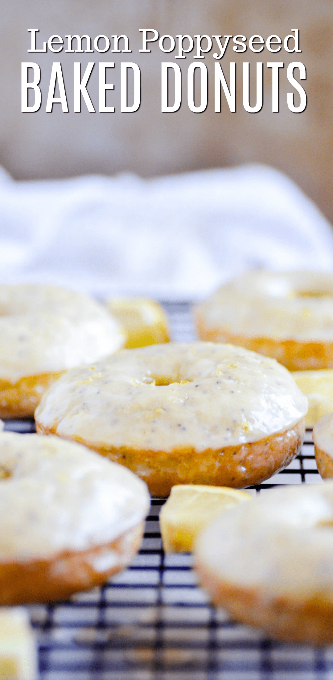 These Baked Lemon Poppyseed Donuts were utterly AMAZING. It's sunny summer perfection in a donut 👌🏻.