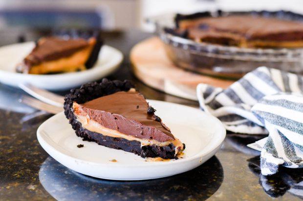 Caramel Oreo Pie