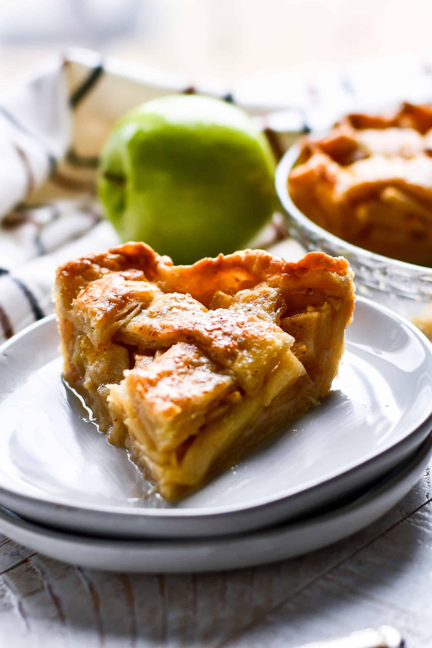 Paula Deen's Apple Pie Recipe